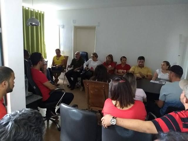 Prefeito Padre Eraldo convoca reunião com Servidores da Educação para próxima semana