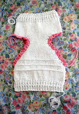 knitting a diaper cover