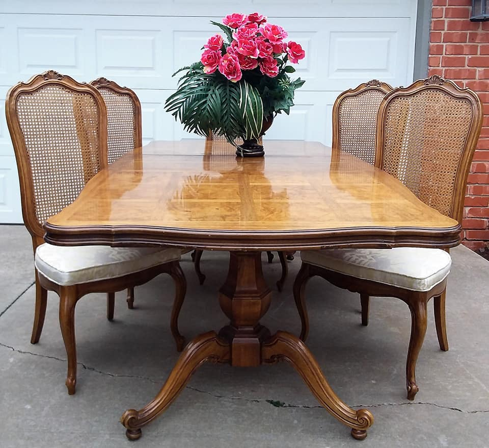 I Loved The Shaped And Size Of Chairs They Were In Great Condition So Bought Set However Like To Mix Match My With Table