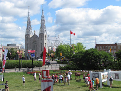 Notre-Dame_Cathedral_Basilica