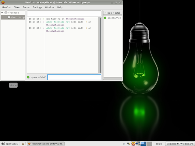 openSUSE 42.2 executando o HexChat sob o ambiente Xfce