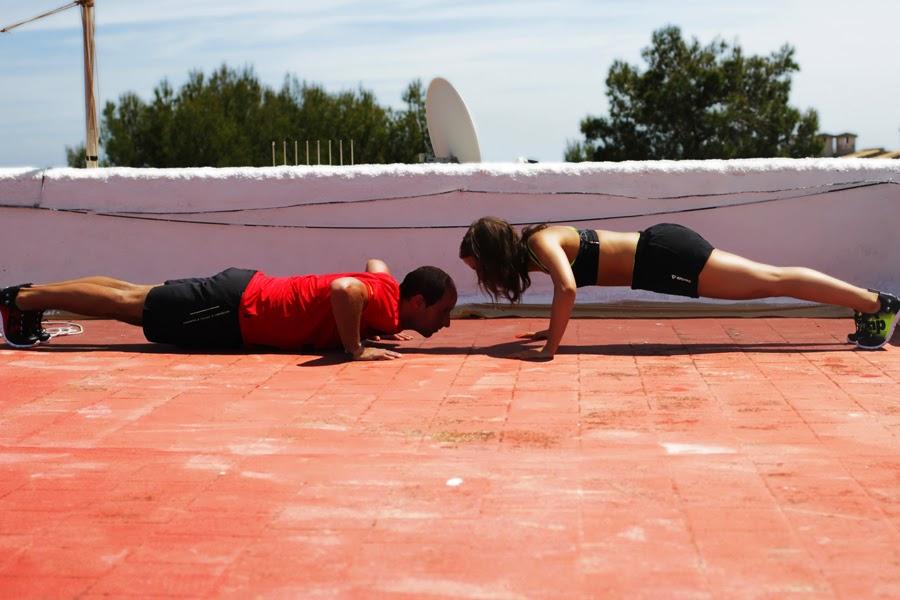liegestütze er gegen sie fitness lifestyle functional training