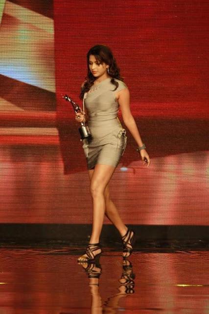 amala paul hot in malayalam movie run baby run