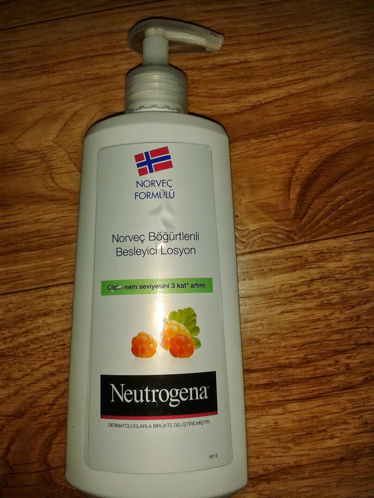 Neutrogena Norveç Böğürtlenli Besleyici Losyon