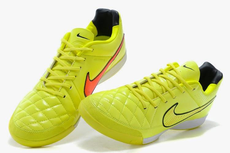 Nike Tiempo Legacy Volt Hyper Punch Black  280rb — Ready Stok • Harga  Rp.  280 ribu • Size  42(1) 2dd4684750e5f