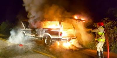 Veículo pega fogo na rodovia que liga Catolé do Rocha a Patú