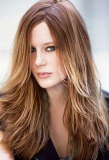 Gaya Rambut untuk Wajah Lonjong: Rambut Layer