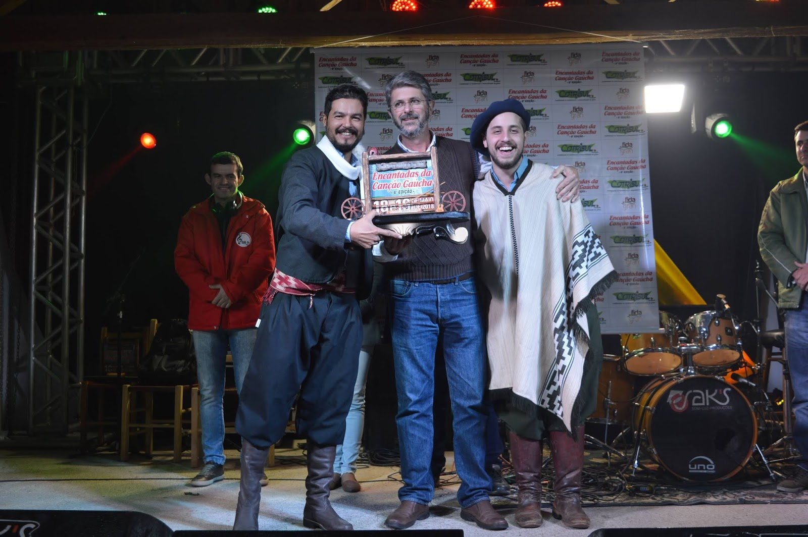 A música Chacarera é sol de outubro é a grande vencedora do 6ª Encantadas da Canção Gaúcha