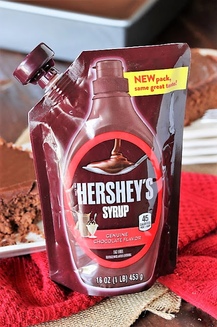 Hershey's Chocolate Syrup in Pouch Package Image