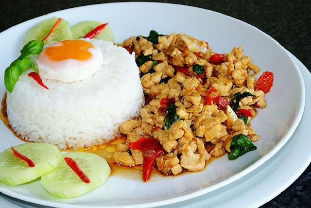 Image result for อาหาร ผัด กระ เพรา