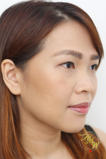a photo of Nikki Tiu Askmewhats using Max FactorX Creme Puff Blush in Alluring Rose