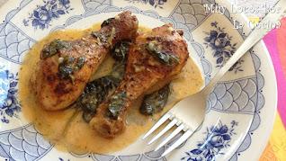 Pollo Al Horno con Salsa de Pimentón, Limón y Espinacas
