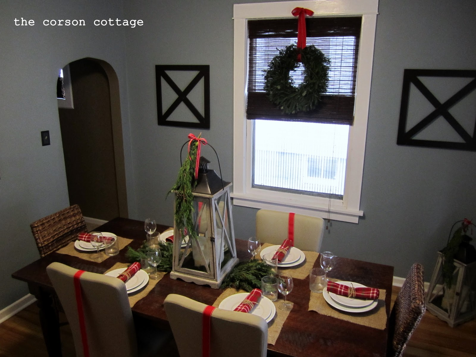 the corson cottage Holiday Dining Table Decor Part 2 : HolidayDining1 from thecorsoncottage.blogspot.com size 1600 x 1200 jpeg 250kB