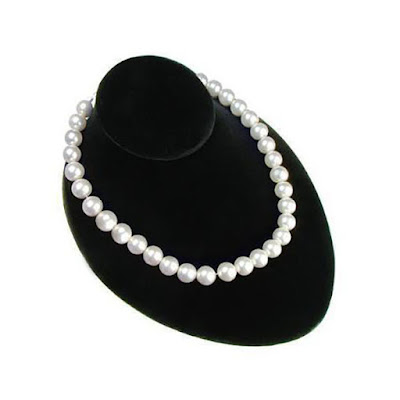 The Lay Down Necklace Bust Display has exudes classic elegance perfect for chic necklaces | NileCorp.com