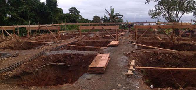 Paket proyek Pembangunan Rumah Susun (Rusun) di Maluku Tengah, yang berlokasi di negeri Haruru kecamatan Amahai, dengan total anggaran Rp8,2 miliar, mulai dikerjakan dan sudah mencapai 10 persen.