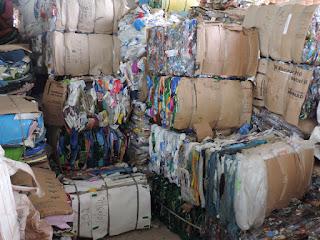Quantidade de material reciclável chega a 2,5 toneladas no segundo mês de coleta seletiva.