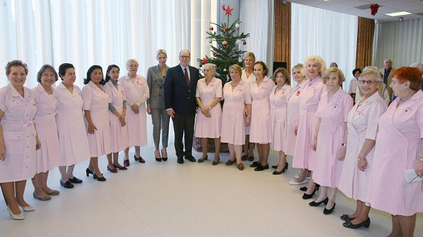 Prince Albert and his wife Princess Charlene visited a nursing home and gave gifts to the elders