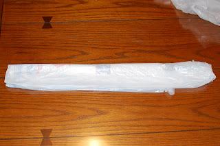 How to Make Plarn - Step 3 | www.petalstopicots.com