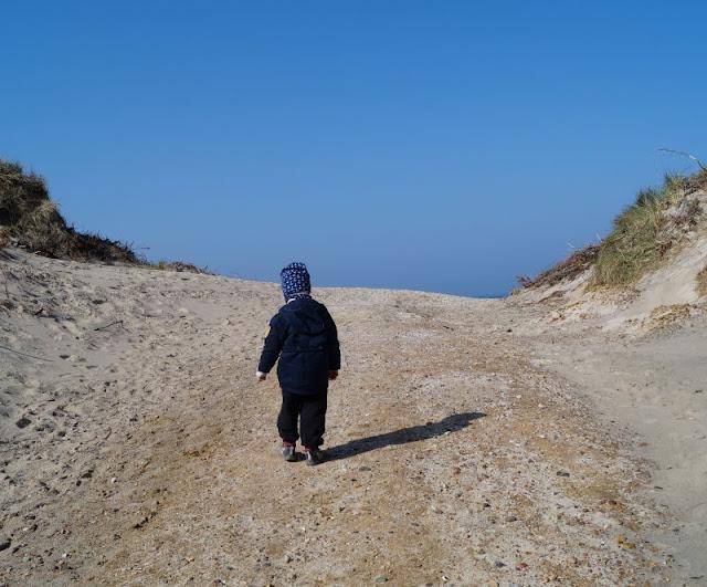 Nymindegab: Ein kleines Juwel an der Westküste Dänemarks. Ab an den breiten und kinderfreundlichen Strand!