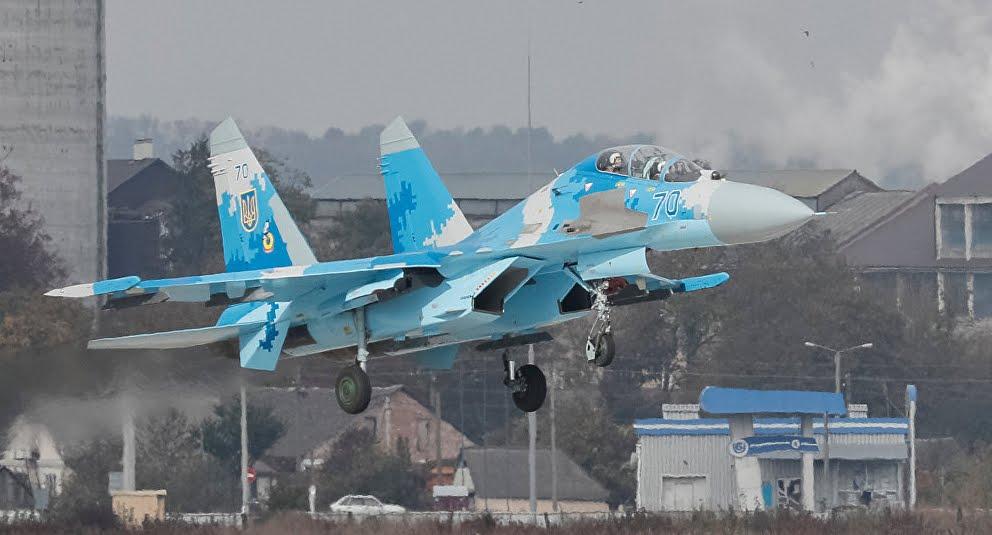 Precipita Aereo da combattimento: morti due piloti del Jet militare in Ucraina