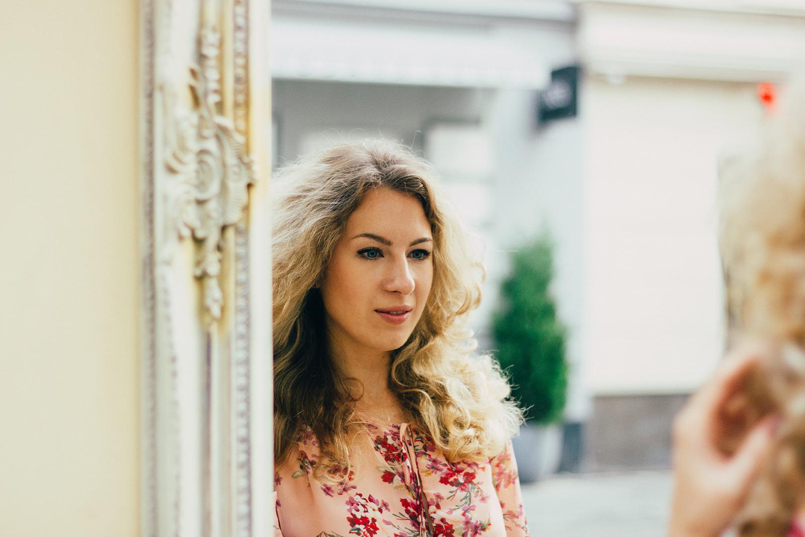 Margarita Maslova Ritalifestyle Fashion blogger Moscow Romantic style sport chic Pastel looks