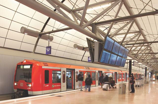 Trem do aeroporto até o centro de Frankfurt