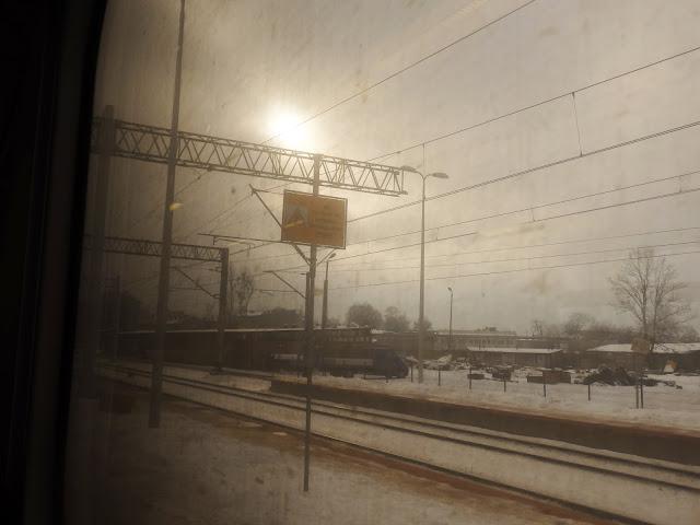Stacja Lubliniec, przez okno pociągu