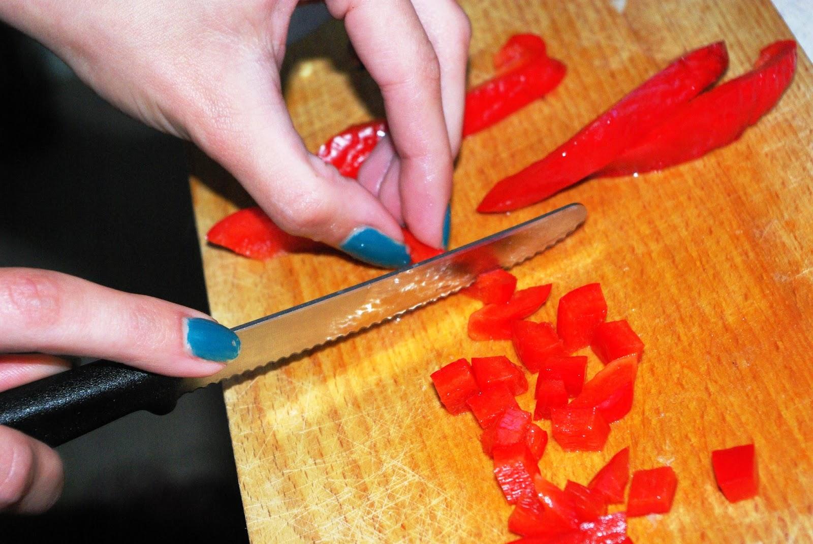 Noże kuchenne - Pikutek firmy Victorinox