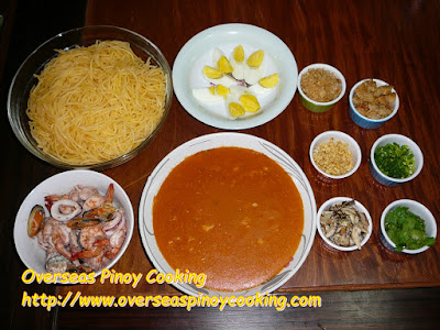 Rice Noodles with Seafood - Toppings and Garnishing