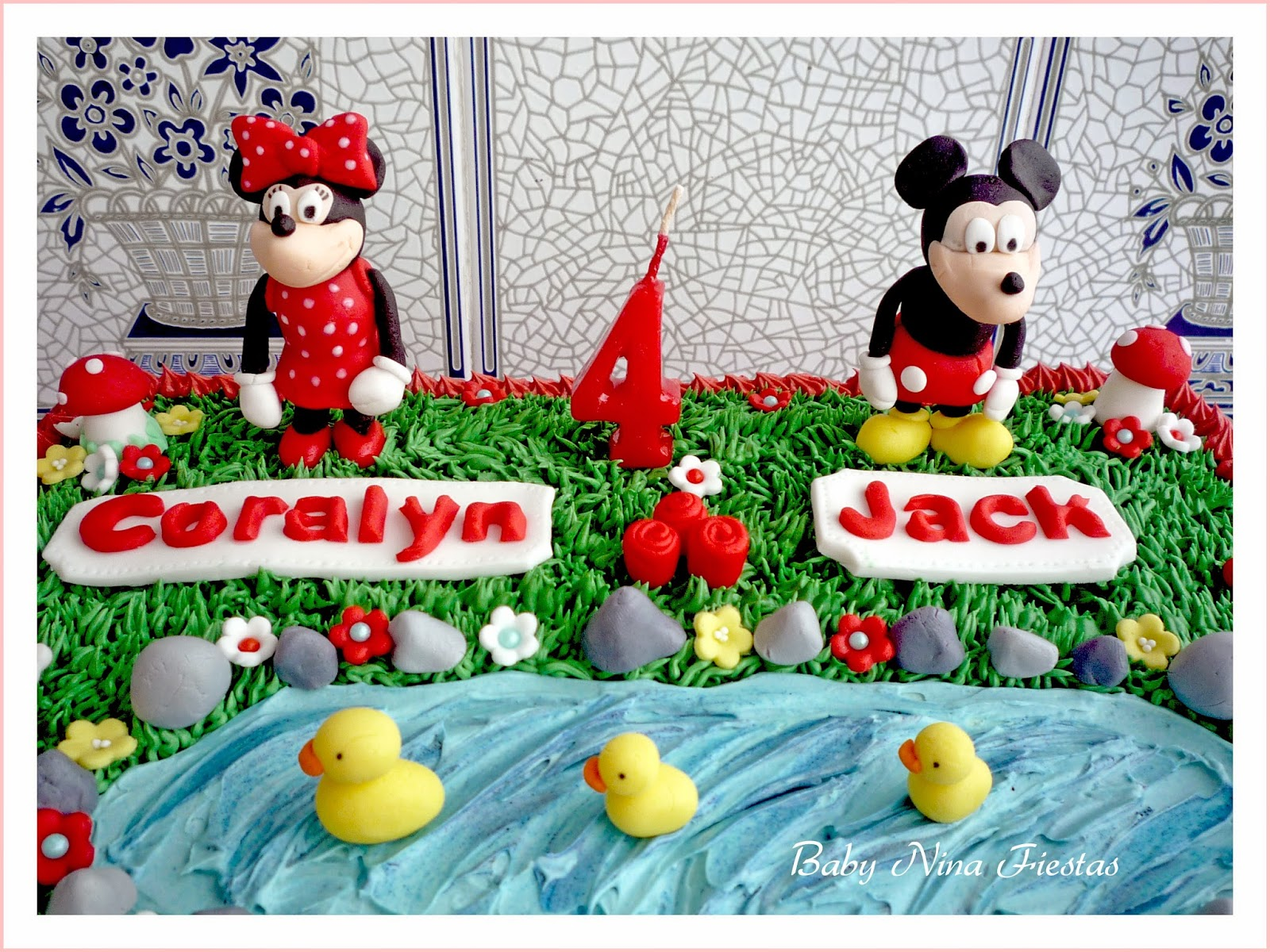 tarta minnie and mickey mouse