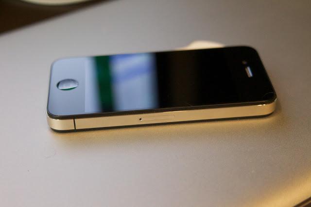 Jual Beli Handphone yang Bikin Panik (include: Cara Mudah Inject Ulang iPhone 4 CDMA Smartfren Verizon)