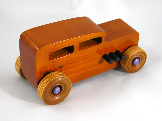 Right Rear Top - Wooden Toy Car - Hot Rod Freaky Ford - 32 Sedan - Pine - Amber Shellac - Metallic Purple Hubs