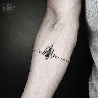 ลายสักสามเหลี่ยม
