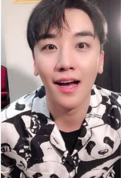Seungri solo konser turuna Jakarta'yı da ekledi