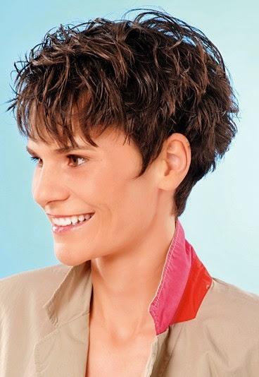Kurzhaarfrisuren Damen Naturkrause Moderne Frisuren