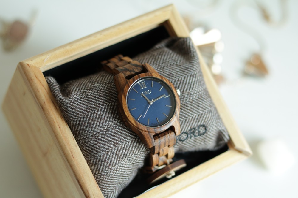 JORD-frankie-35-zebrawood-navy-watch-sitting-in-wooden-presentation-box
