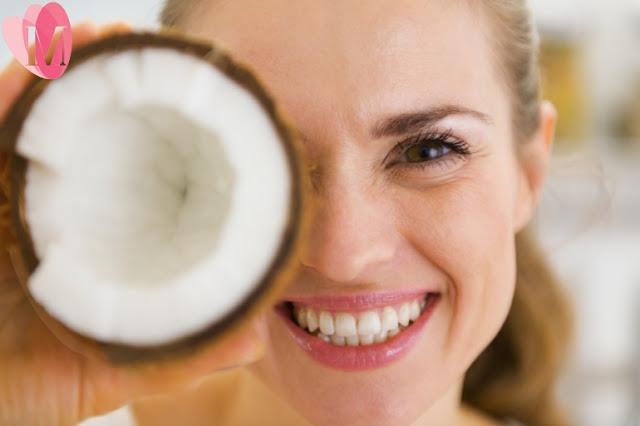 Cách trị sẹo lõm bằng bằng dầu dừa