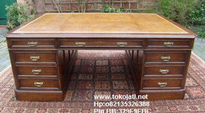 Jual Mebel Jepara,meja kantor classic Toko Mebel Jati klasik,Furniture Mebel Jepara code mebel ukir jepara A114