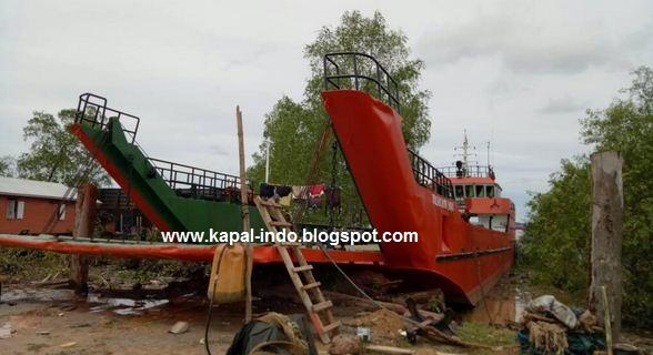 Jual Kapal LCT Kargo Mahakam Jaya GT400, jual kapal LCT, LCT Kargo Mahakam Jaya, Jual kapal LCT tahun 2014, Jual kapal LCT harga 4 milyar, jual kapal lct kargo bekas, jual kapal lct kargo second