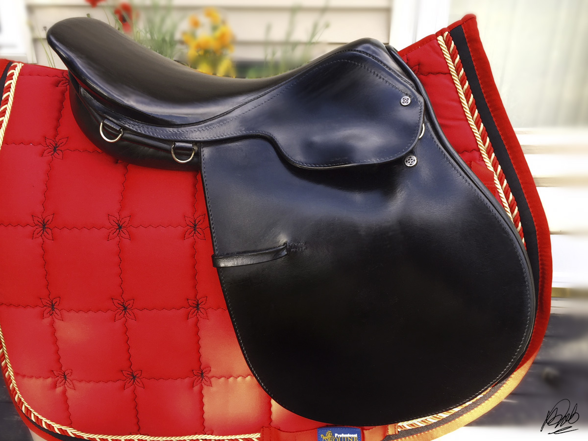 "17"" Courbette Stylist Close Contact Saddle"