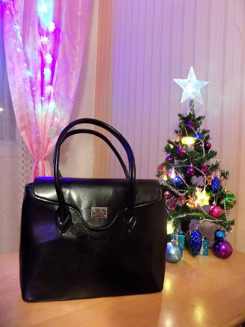 черная сумка и черные сапоги, новая сумка, купила себе сумку