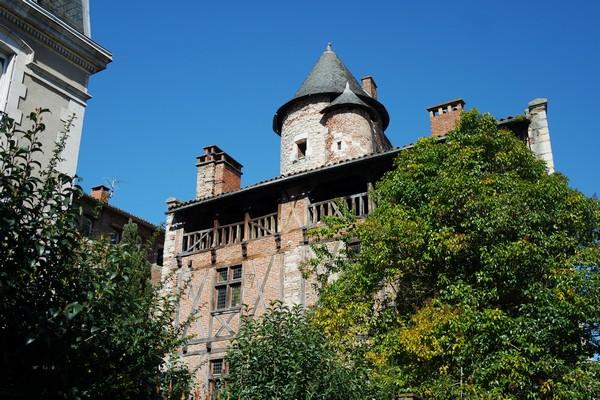cahors vieille ville maison henri IV