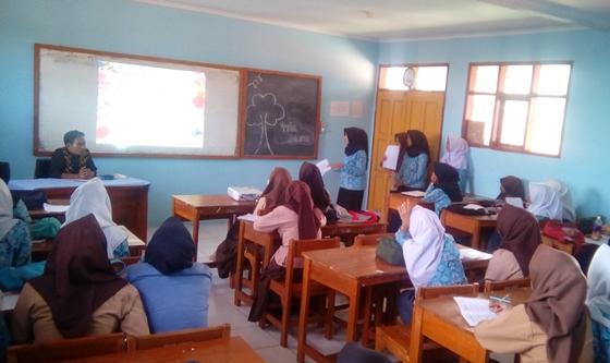 Guru, profesionalisme dan kewenangannya di lembaga pendidikan