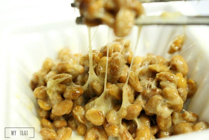 Makan Natto