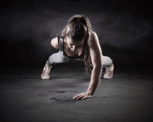 Como hacer flexiones a una mano