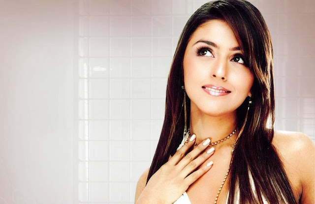Aarti Chabria Wallpapers Free Download