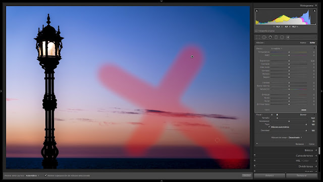 una cruz en una zona despejada de la foto de ejemplo...