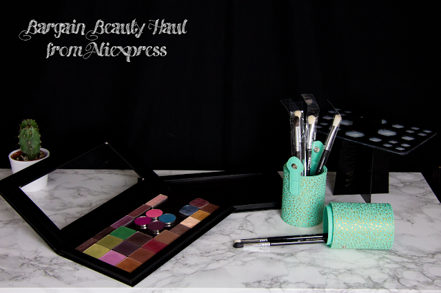 AliExpress haul: of brush trees, makeup brushes and zpalette dupes