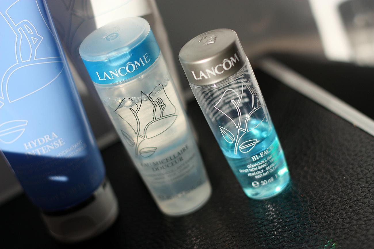 kosmetyki do cery tłustej, jak dbać o cerę, pielęgnacja twarzy krok po kroku