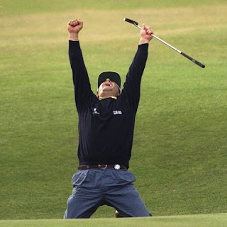 Rocca shows his delight after sinking his incredible  65ft (20m) putt at the 1995 Open Championship
